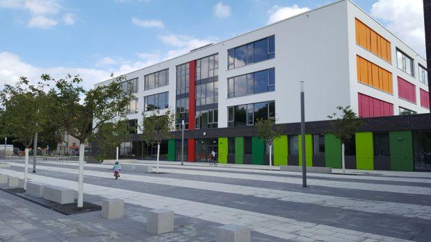 Das neue Gymnasium in der Telemannstraße. Foto: Marko Hofmann