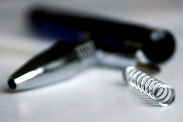 Disruption eines Kugelschreibers. Foto: Ralf Julke