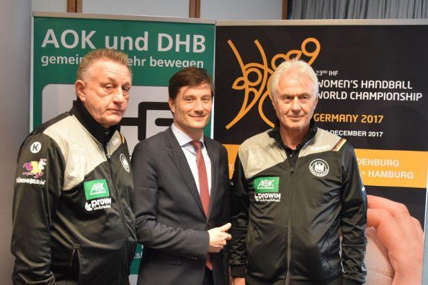 (v.l.n.r.) - Michael Biegler (Bundestrainer), Heiko Rosenthal (Sportbürgermeister Leipzig) und Wolfgang Sommerfeld (Sportdirektor). Foto: unikumarketing