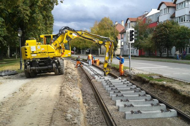 Bauarbeiten am neuen Gleis. Foto: Naumburger Straßenbahn GmbH