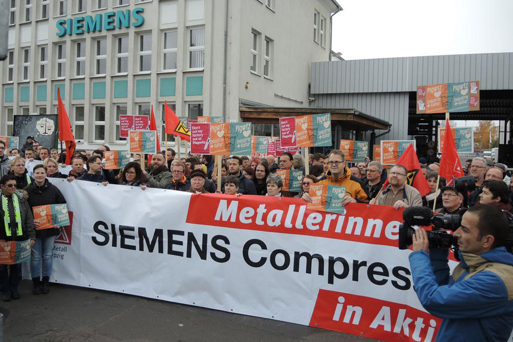 Über 300 Beschäftigte in Leipzig demonstrierten für den Erhalt ihres Werkes. Foto: IG Metall Leipzig