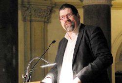 """Andreas Dohrn, Pfarrer der Leipziger Peterskirche und ua. engagiert für die """"Kontaktstelle Wohnen"""". Foto: Privat"""