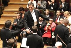 Alan Gilbert leitete dieses Jahr die Aufführungen von Beethovens Neunter. Foto: Michael Freitag