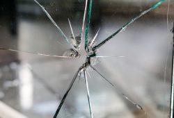 Angriff auf die Wohnung eines Geflüchteten in Wurzen. Foto: Kira Hoffmann / pixabay (Symbolbild)