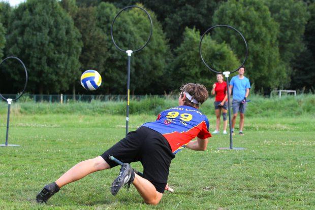 Quidditch ist ein vielseitiger Vollkontaktsport, der Elemente aus Rugby, Völkerball und Handball vereint. Foto: Jan Kaefer