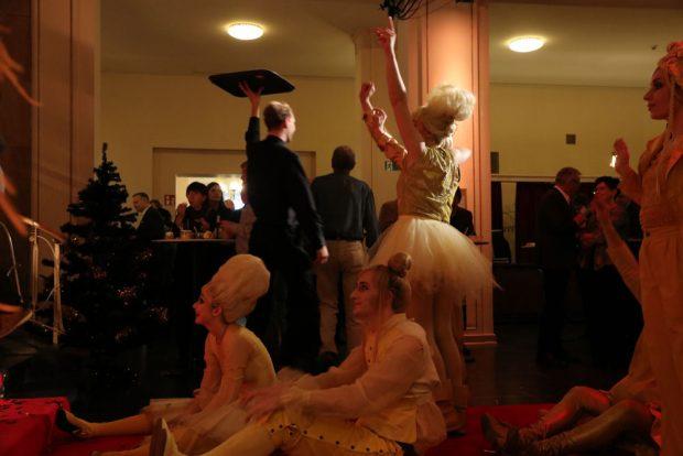 Buffet, Tiger Lillies und ein Abend im Schauspiel beginnt mit ausverkauftem Haus. Fotos: L-IZ.de