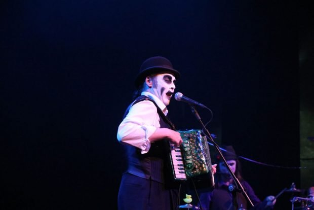 The Tiger Lillies on stage.