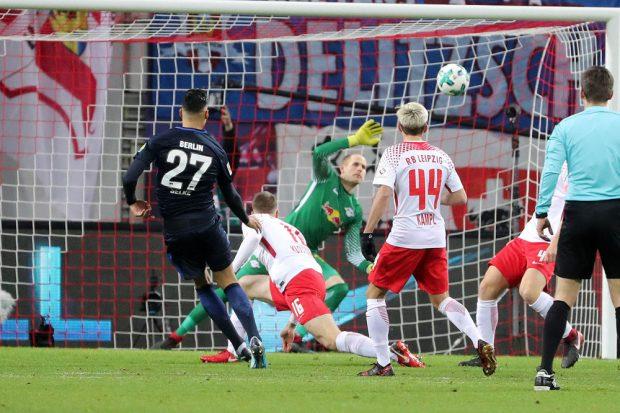 Ausgerechnet Ex-RBL-Spieler Selke verwandelte zum 3:0. Foto: GEPA pictures/Sven Sonntag