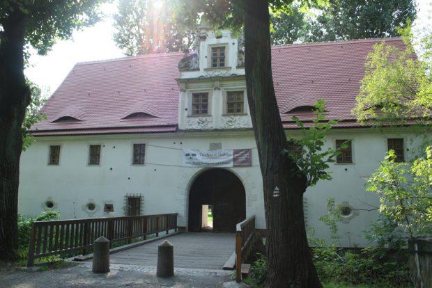 Das Torhaus in Dölitz. Foto: Ralf Julke