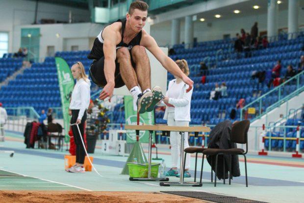 Stefan Jungmichel (SC DHfK) gewann Silber und sprang mit 7,11 Meter am weitesten von allen. Foto: Jan Kaefer