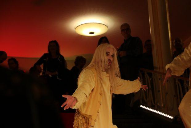 Das Begrüßungskommitee im Schauspiel. Foto: L-IZ.de