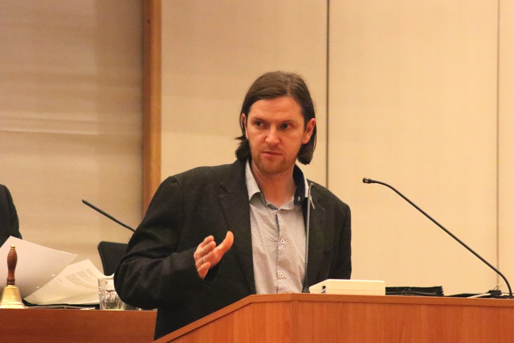 Michael Schmidt (Grüne) im Stadtrat. Foto: L-IZ.de