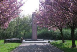 So sah es bis jetzt aus: Obelisk an der Theklaer Straße. Foto: Gedenkstätte für Zwangsarbeit Leipzig