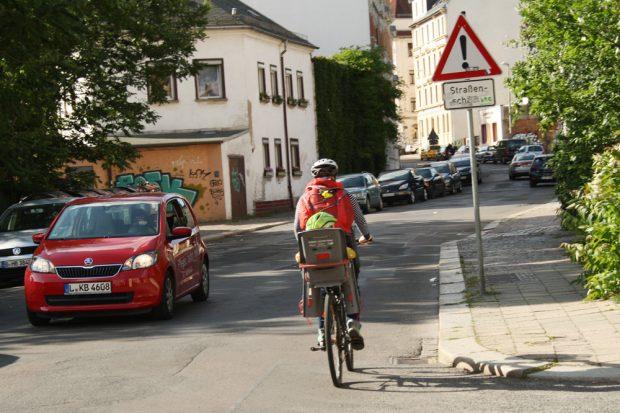 William-Zipperer-Straße - hier an der Holteistraße. Foto: Ralf Julke