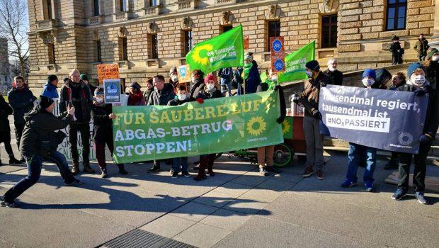 Demo am 22.02.2018 vor dem Bundesverwaltungsgericht. Foto: Andreas Bernatschek