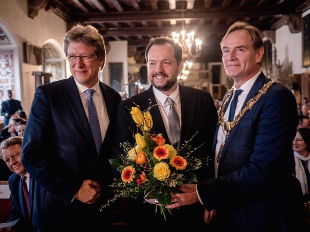Gewandhausdirektor Andreas Schulz, Andris Nelsons, Oberbürgermeister Burkhard Jung (v.l.). Foto: Luca Kunze