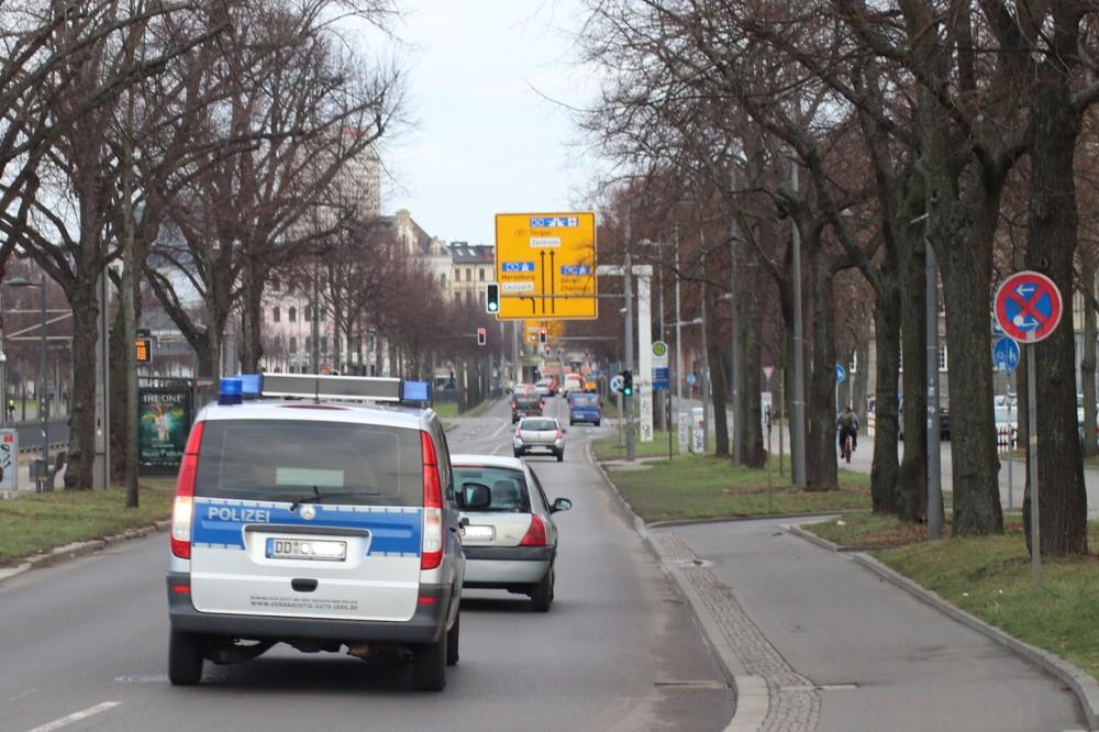 Polizeieinsatz auf der Jahnallee. Symbolbild. Foto: L-IZ.de