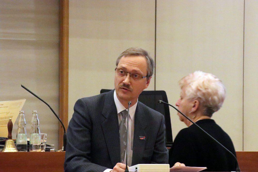 Tobias Keller (AfD) im Stadtrat Leipzig. Foto: L-IZ.de