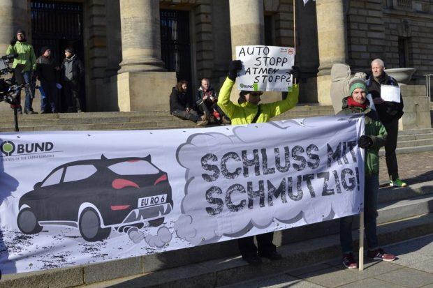 Protest am 22. Februar vorm Bundesverwaltungsgericht. Foto: BUND Leipzig