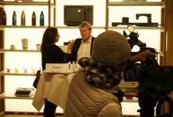 Dr. Jürgen Reiche im Interview vor der Ausstellung. Foto: Ralf Julke