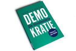 Ute Scheub: Demokratie - die Unvollendete. Foto: Ralf Julke