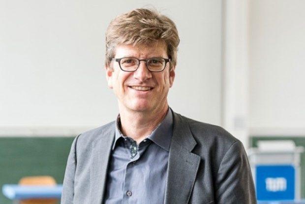 Prof. Dr. Christian Fandrych Foto: Astrid Eckert, TU München