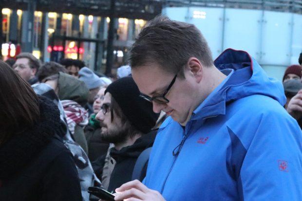 Sören Pellmann (MdB, Die Linke) vor Ort. Foto: L-IZ.de