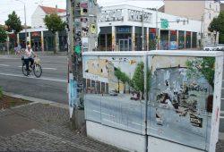 Noch immer ungeliebt: flache Rewe-Kaufhalle am Connewitzer Kreuz. Foto: Ralf Julke
