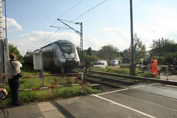 Situation am Equipagenweg - hier mit S-Bahn-Umleitung. Foto: Ralf Julke