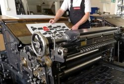 Schnellpresse der Berliner Maschinenbau AG,1928. Foto: Museum für Druckkunst