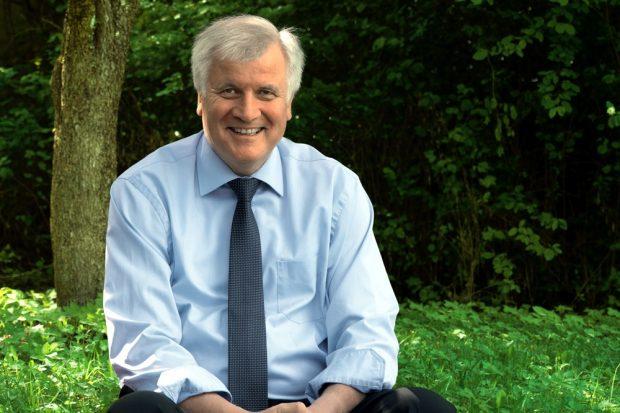 Horst Seehofer will nun den Abschiebeminister geben. Foto: CSU.de, Pressebild