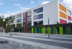 Auch die Gerda-Taro-Schule beteiligt sich am Modellprojekt digitale Schulbücher. Foto: Marko Hofmann