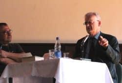 Jens-Uwe Jopp und Friedrich Schorlemmer im Gespräch. Foto: L-IZ.de