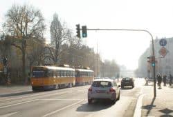 Straßenbahn auf dem Dittrichring. Foto: Ralf Julke