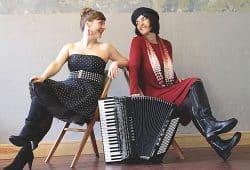 Maria Kisovska und Beate Furcht. Foto: PR