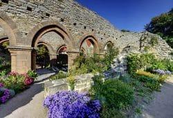 Kirchenruine aus dem 13. Jahrhundert. Kloster und Kaiserpfalz Memleben. Foto: Andreas Stedtler