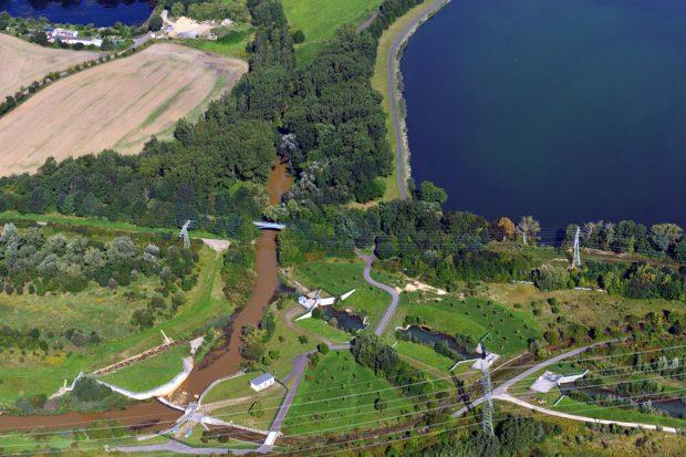 Flusslauf der Pleiße am Stausee Rötha. Foto: LMBV