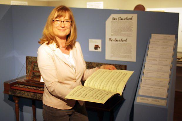Henrike Rucker, Kuratorin der Bach-Schüler-Ausstellung. Foto: Ralf Julke