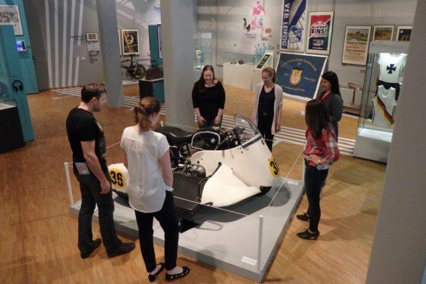 """Ausstellung """"In Bewegung"""". Foto: Stadtgeschichtliches Museum Leipzig"""