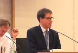 Hielt den Fachvortrag zum Thema Schulsozialarbeit: Professor Dr. Karsten Speck von der Universität Oldenburg. Foto: L-IZ.de