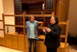 Prof. Martin Schmeding (rechts) mit dem Birminghamer Rektor Prof. Julian Lloyd Weber. Fotos: privat