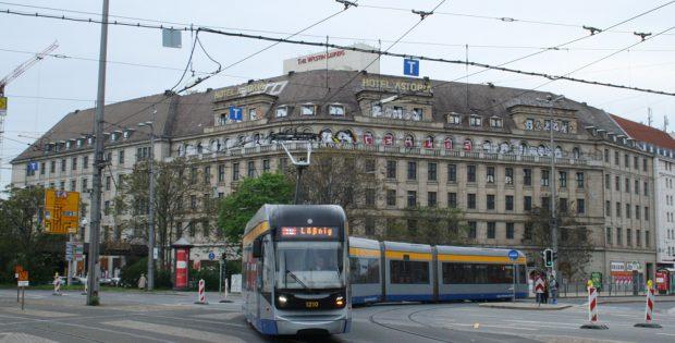 """Das Hotel """"Astoria"""" im jetzigen äußeren Zustand. Foto: Ralf Julke"""