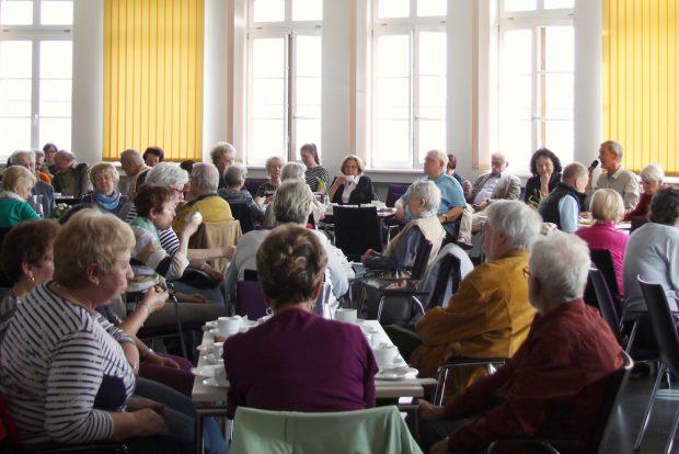 "Erzählcafé im April. Foto: Stiftung ""Bürger für Leipzig"""
