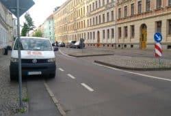 Die Fußgängerinsel in der William-Zipperer-Straße. Foto: Volker Holzendorf