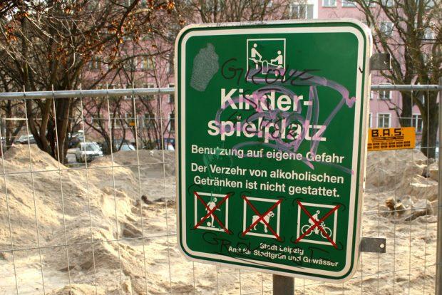 Hyperaktivität auf dem Kinderspielplatz. Foto: Ralf Julke