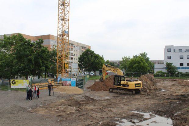Der Bauplatz Brackestraße / Ecke Miltitzer Allee. Foto: WundR PR