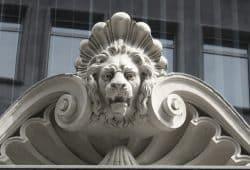 Symbol der Macht: der Löwe. Foto: Ralf Julke