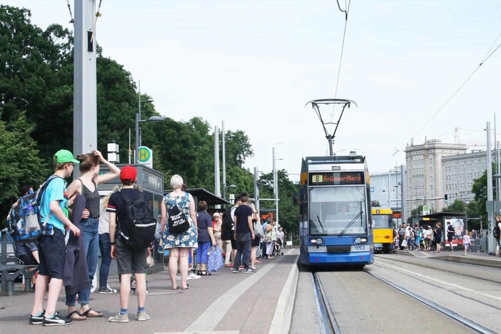 LVB-Haltestelle Wilhelm-Leuschner-Platz. Foto: Ralf Julke