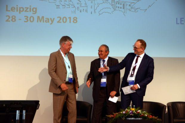 Von links: Peter Kühne, Geschäftsführer Lecos GmbH, Giorgio Prister, Präsident Major Cities of Europe, Ulrich Hörning, Erster Bürgermeister der Stadt Leipzig. Foto: Lecos