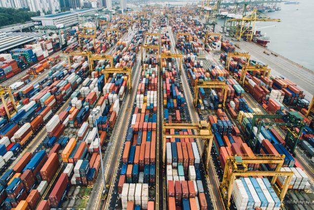 """Die auch """"Belt and Road Initiative"""" (BRI) genannten Handelsrouten werden nicht nur die Zukunft des Welthandels stark beeinflussen sondern auch die Umwelt und die biologischen Ressourcen. Foto: StockSnap / Pixabay.com / CC0 Public Domain"""